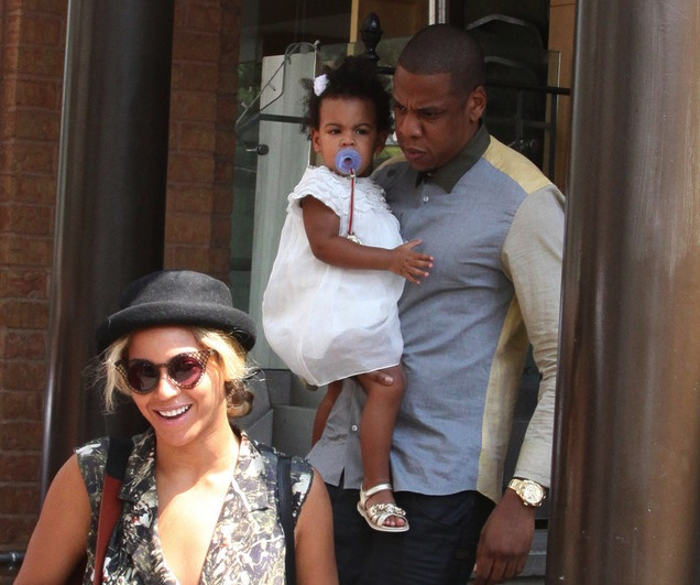 Jay-Z-Beyonce-Blue-Ivy-Yeezy-sneakers-UpscaleHype-c