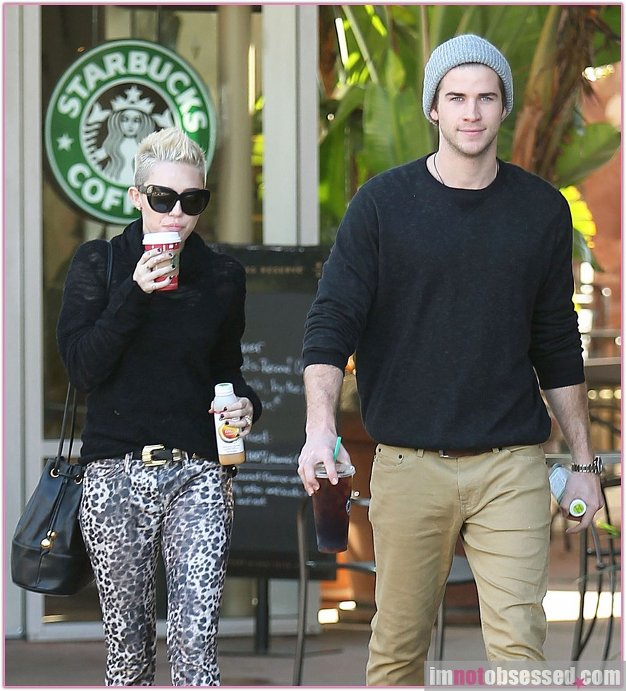 Exclusive... Miley Cyrus & Liam Stop For Coffee