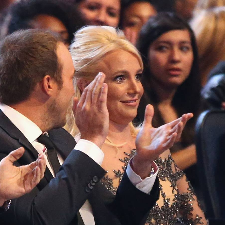 Britney Spears People Choice Awards (3)