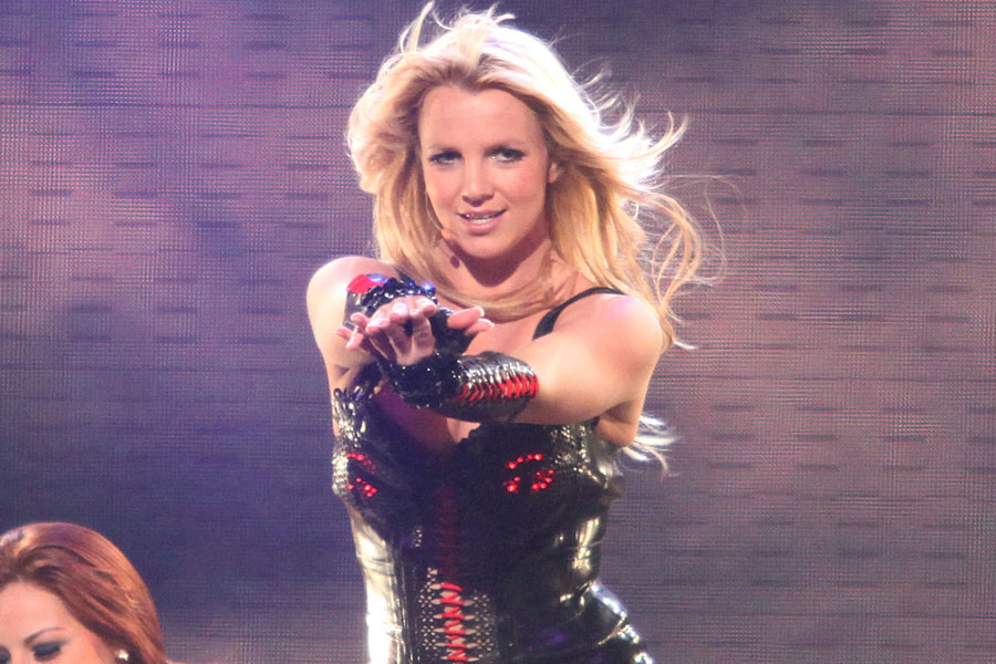 Britney-Spears-900-600