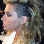 kesha-shaving-half-of-her-head-for-new-year-new-album