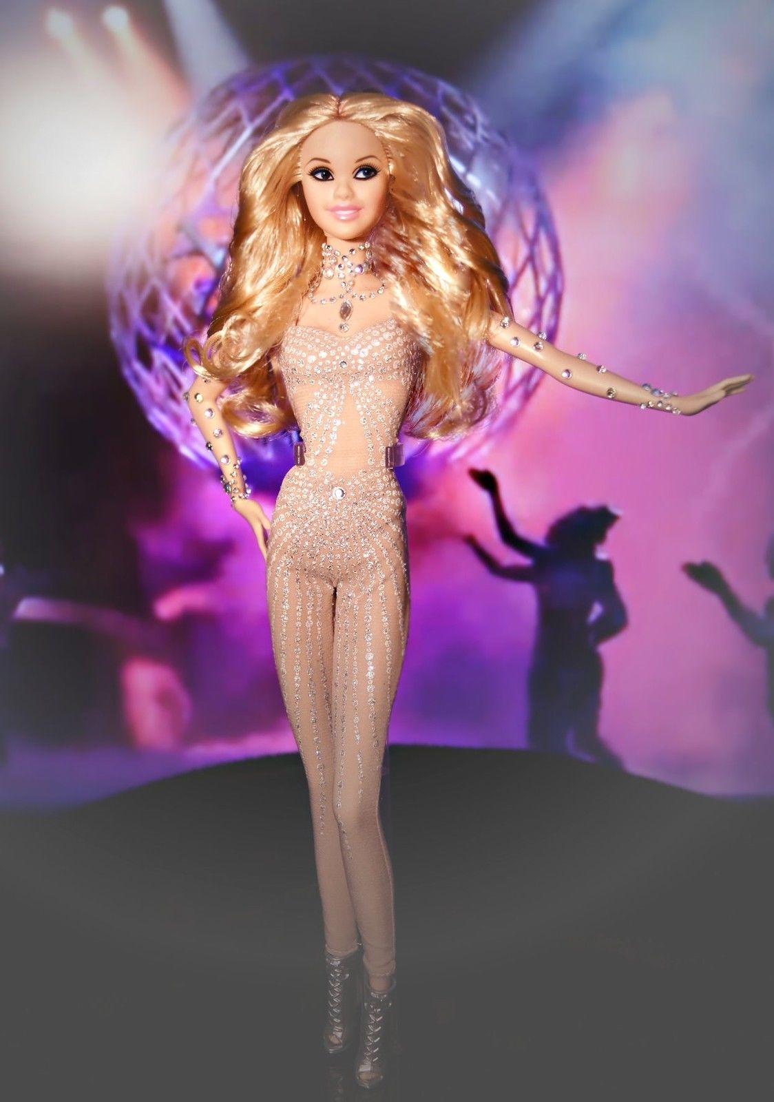 Britney Spears Las Vegas Barbie (1)