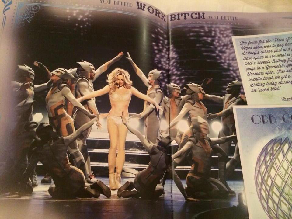 britney spears piece of me tour book womanizer 3
