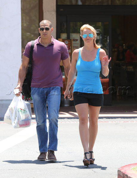 Britney Spears looks like she has been working out