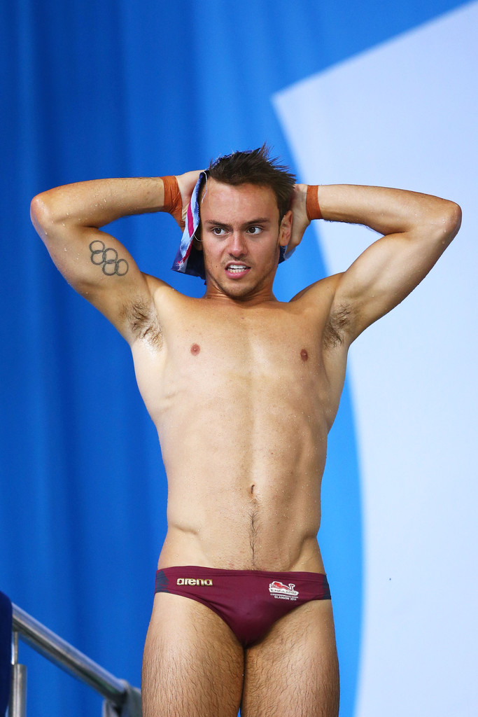 tom daley pacco nudo hot sexy