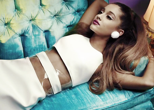 arianagrande-billboard03