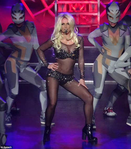 britney spears als vegas work bitch piece of me live