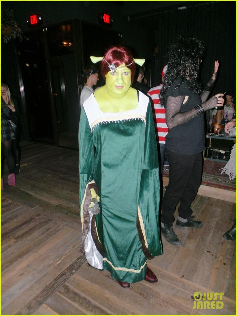 colton-haynes-lucy-hale-halloween-party-costume-10