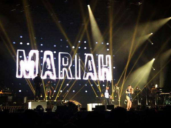 mariah carey japan the elusive chanteuse show voice epic fail hot body stage