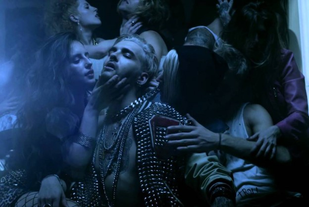 tokio-hotel-love-who-loves-you-624x419
