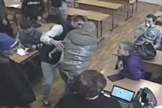 PAY-Russian-teenager-bullied-in-front-of-his-class