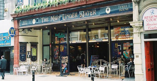 The-Moon-Under-Water-pub-in-Deansgate