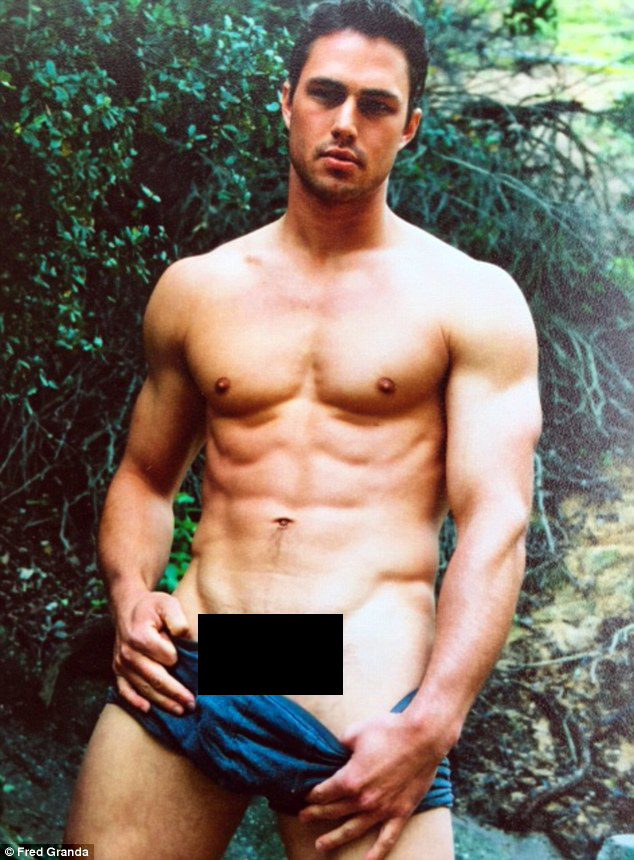 Taylor kinney hot daily mail