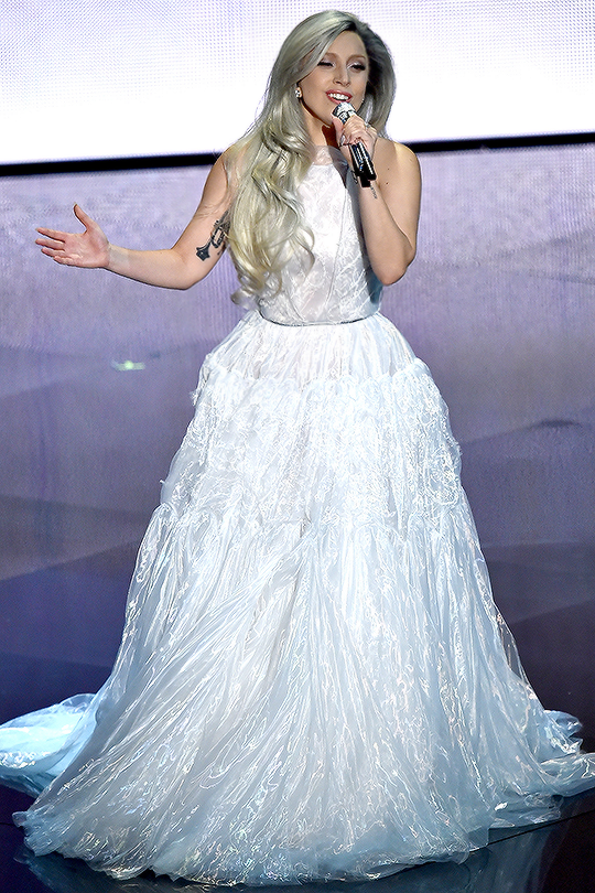 lady gaga oscars 2015 performance live