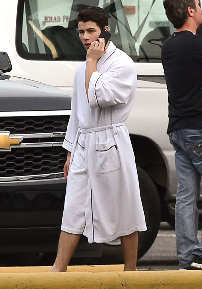 Exclusive... Nick Jonas Rocking A Robe On The Set Of 'Scream Queens'