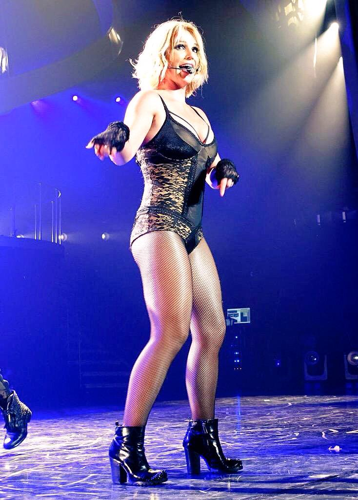 Britney Spears Las Vegas Outfit 2015