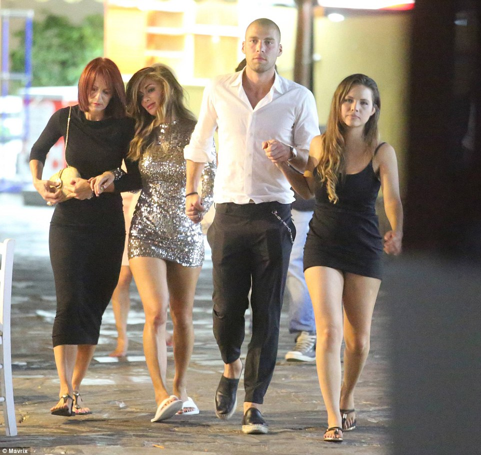 2A174F9700000578-3143615-To_the_rescue_Footballer_Pajtim_Kasami_appeared_to_have_full_con-m-42_1435612800779