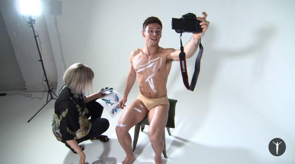 tom daley body painting funny picss