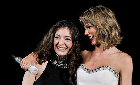 WASHINGTON, DC - JULY 13: Taylor Swift and Lorde perform onstage during The 1989 World Tour Live at Nationals Park on July 13, 2015 in Washington DC.  (Photo by Kris Connor/LP5/Getty Images for TAS)