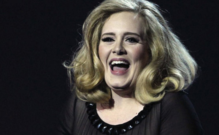 Adele-crazy-laugh