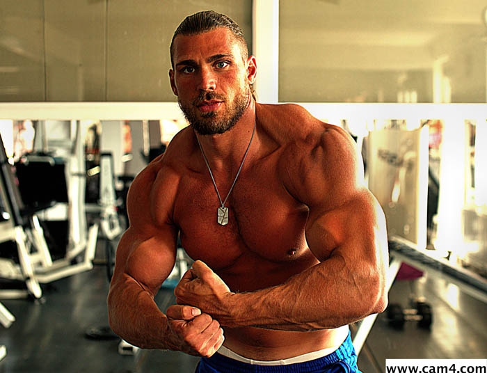 muscle-guy-gym