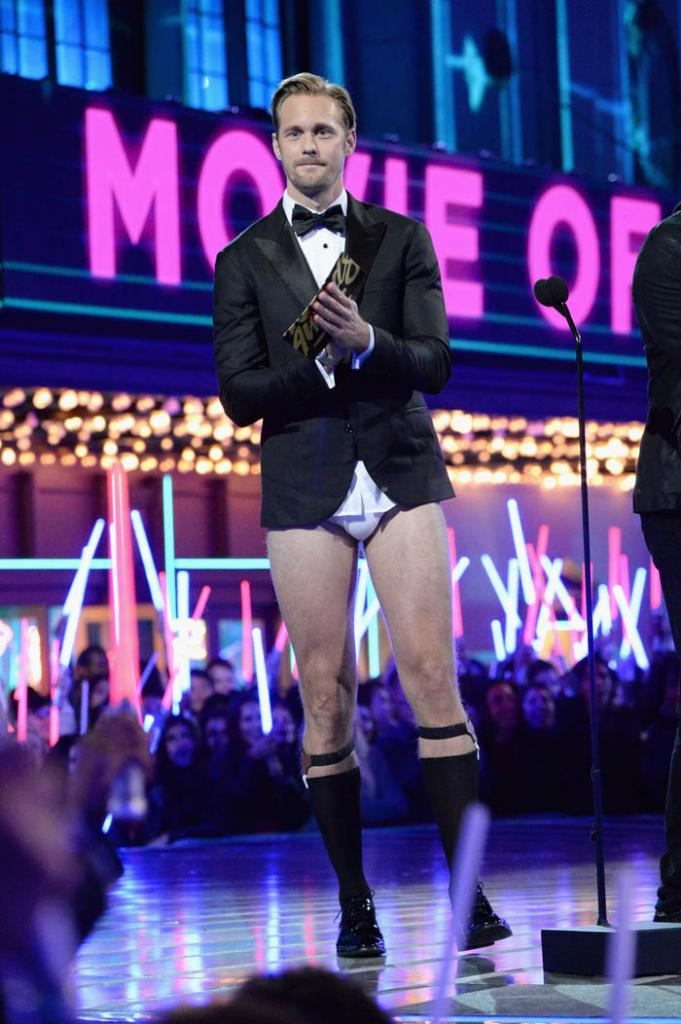 alexander-skarsgard-hot-mtv-movie-awards
