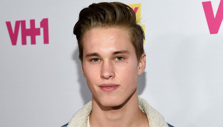 Ryan-Beatty-coming-out-gay