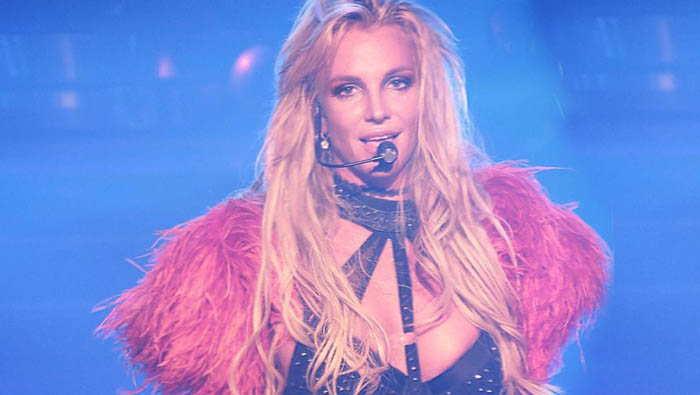 Britney-Spears-VMA-2016-video